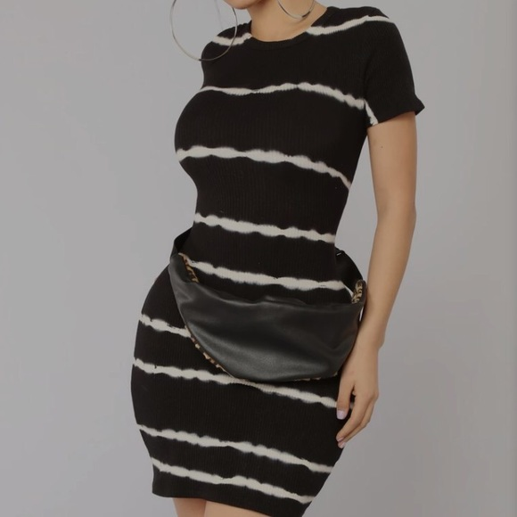 🌞 4 for $15 T-Shirt Dress from Fashion Nova